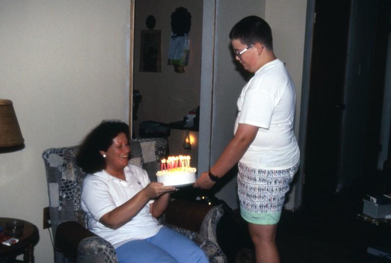 HCA-DXII-038-Cynthias Birthday Sept 3rd 1990.jpg