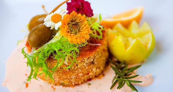 Arya-alaskan crab cake.jpg