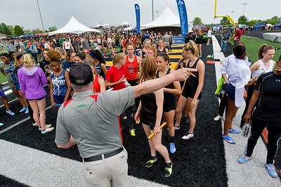 Girls' 4x200 RELAY - 2019 MHSAA LP D2 T&F