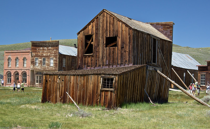 Bodie a leaning barn