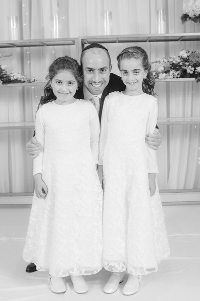 Miri_Chayim_Wedding_BW-136.jpg