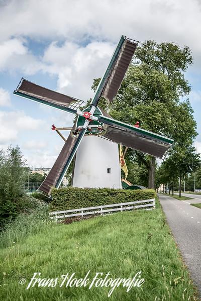 Windmill De Roodenburger molen, Leiden Holland