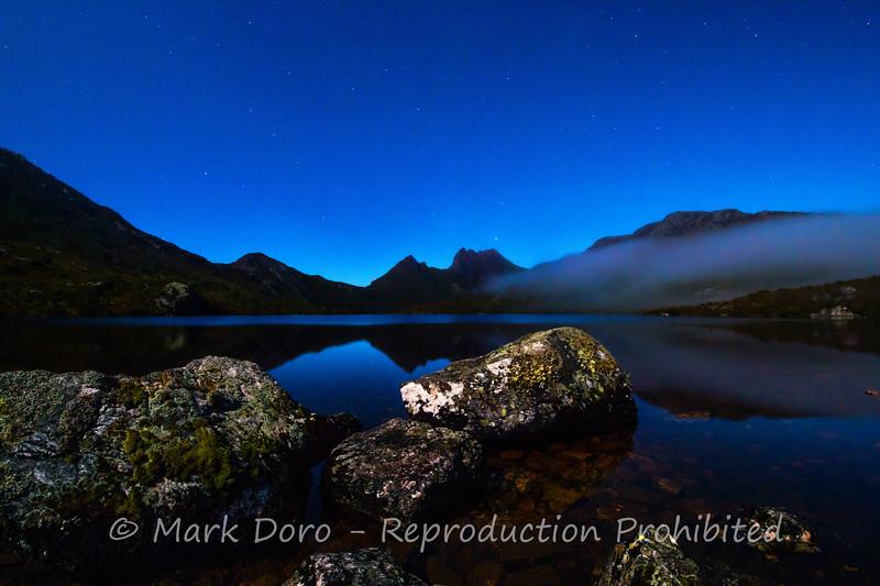 Fog descends over Dove Lake