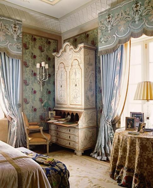 french chateau walls