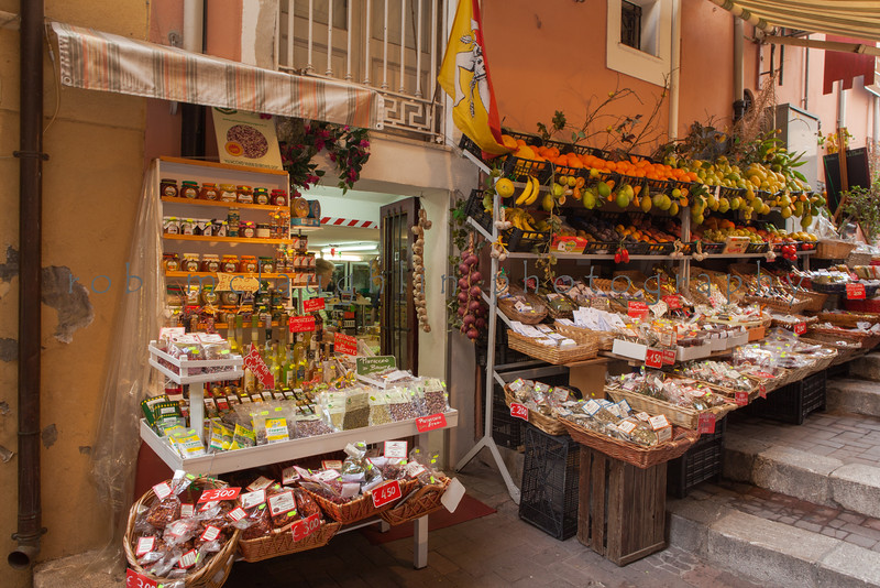 Market in the Alley , Taormina , Sicily