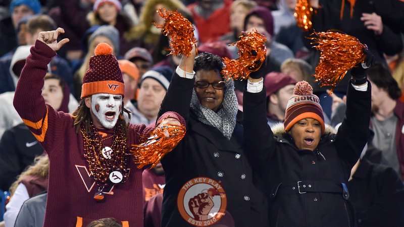 Virginia Tech Hokies fans cheer during the first half. (Michael Shroyer/ TheKeyPlay.com)