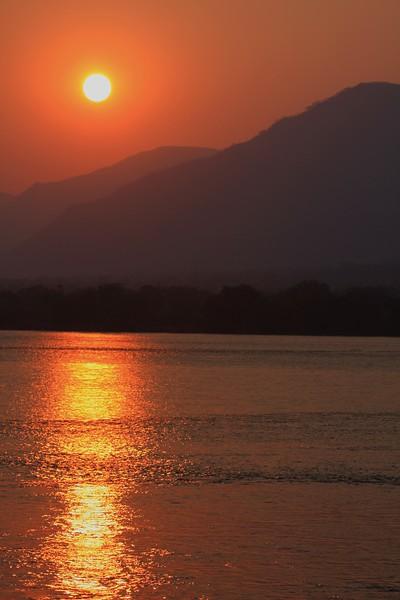 Sunset-Zambezi-2-TIFFZIMBABWESunset-Zambezi-2-TIFF.jpg