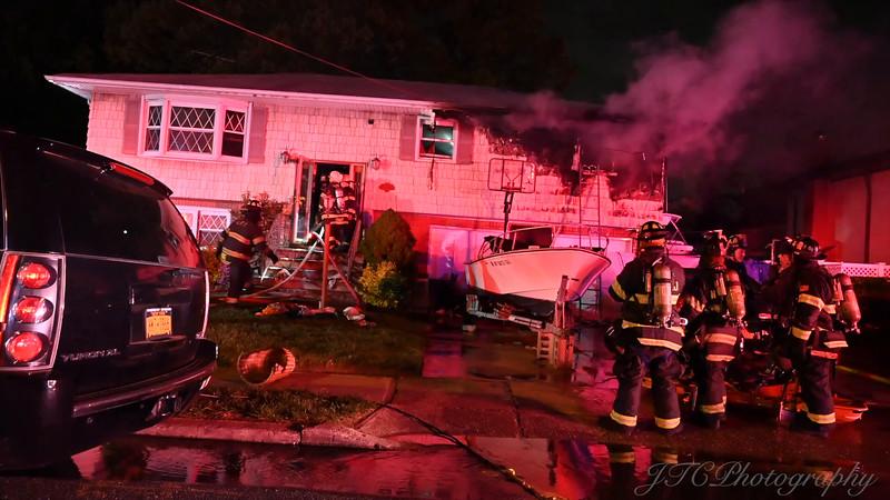 Lindenhurst Working Fire
