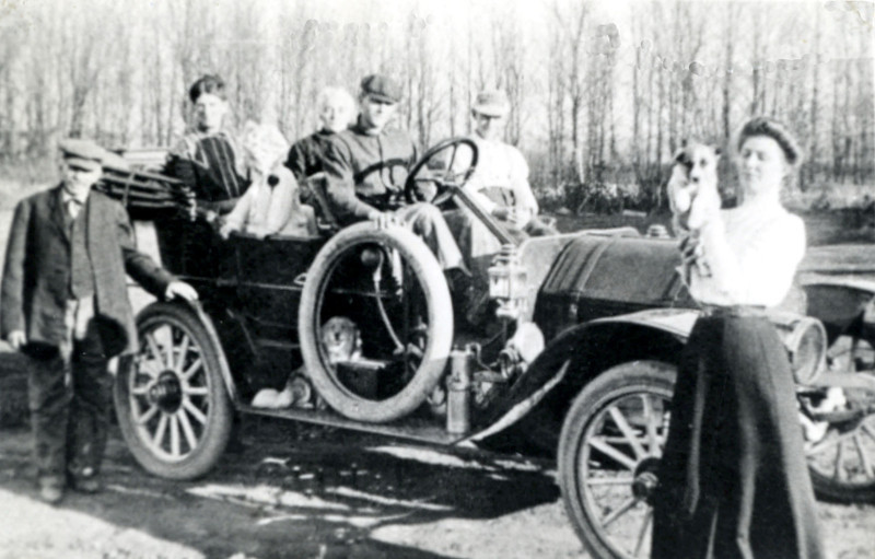Dad in Mitchell Car 1910 1912.jpg