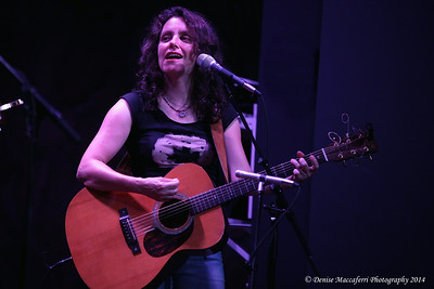 Lucy Kaplansky at River Club Music Hall  7/18/14