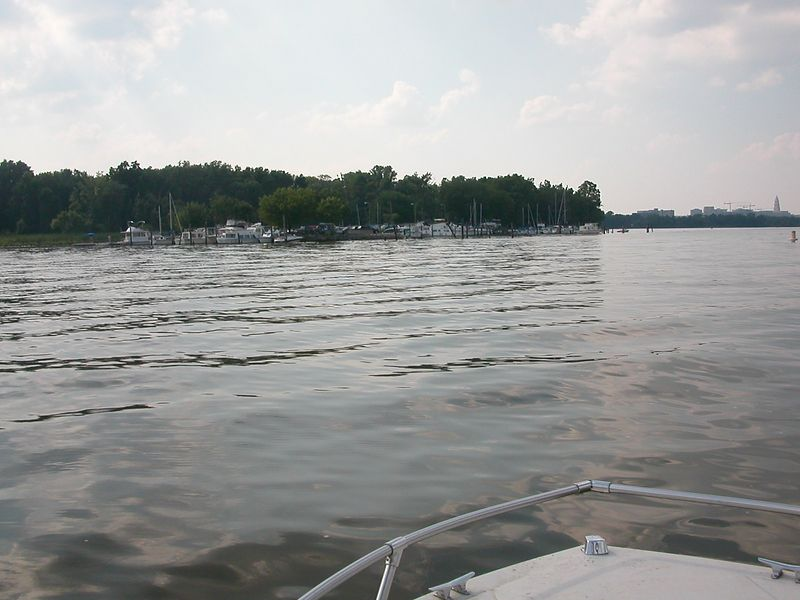 Approaching Belle Haven marina. 