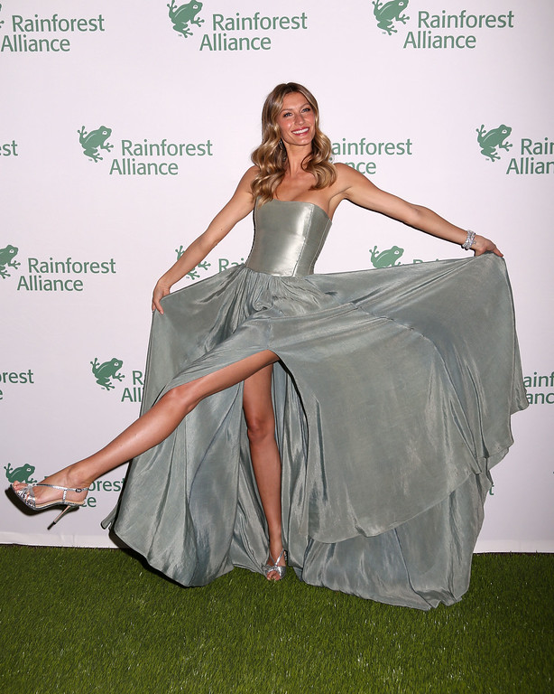 . Gisele Bundchen attends the 2014 Rainforest Alliance Gala at the American Museum of Natural History on Wednesday, May 7, 2014, in New York. (Photo by Greg Allen/Invision/AP)
