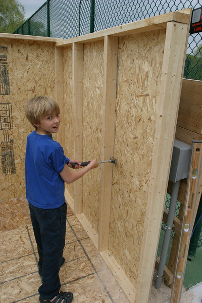 Shed Construction with Noah