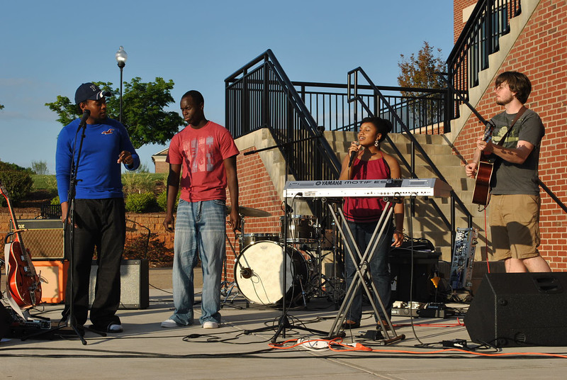 4-30-13: Darelle Dove, David Hutton, and some friends perform some original songs at the last Verg of the year.