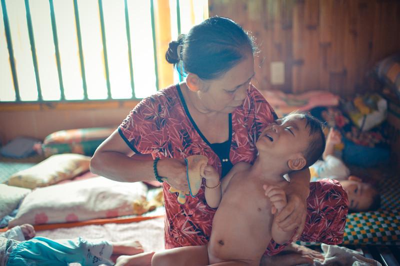 vietnam orphans (27 of 134).jpg