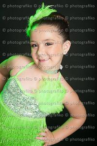 pk2544 Mia  Nino Parra