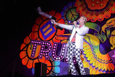 Between Bands with Carson Kressley, Rosie O'Donnell, Cyndi Lauper - Seattle True Colors Show (7/1/08)