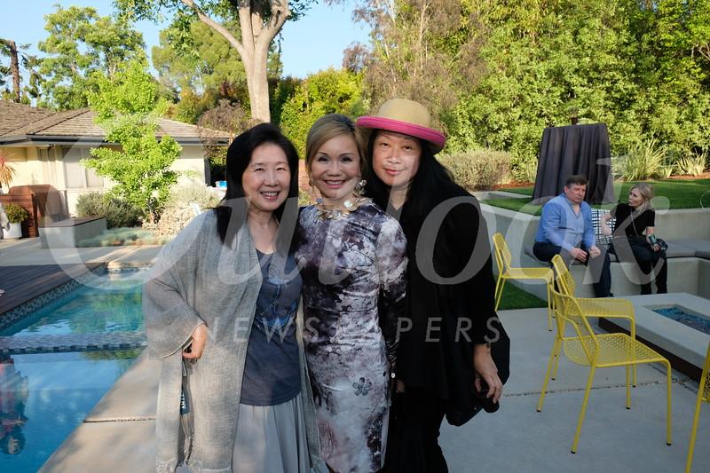 Vanessa Koo, Mary Hsu and Vivian Chan