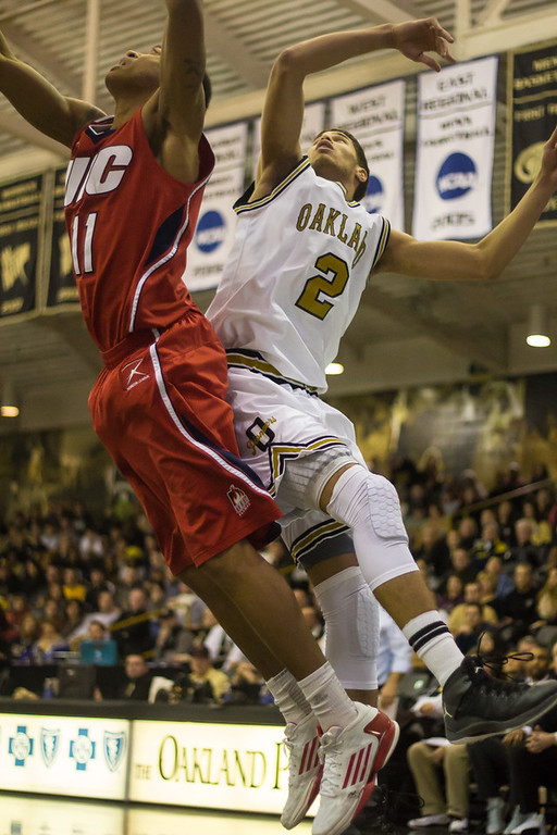 . Williams goes for the rebound. Photos by Dylan Dulberg/The Oakland Press
