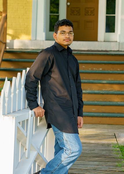 Nathanial-Aubin-Senior19-087.jpg