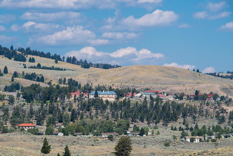 Yellowstone Day 2 R-5348.jpg