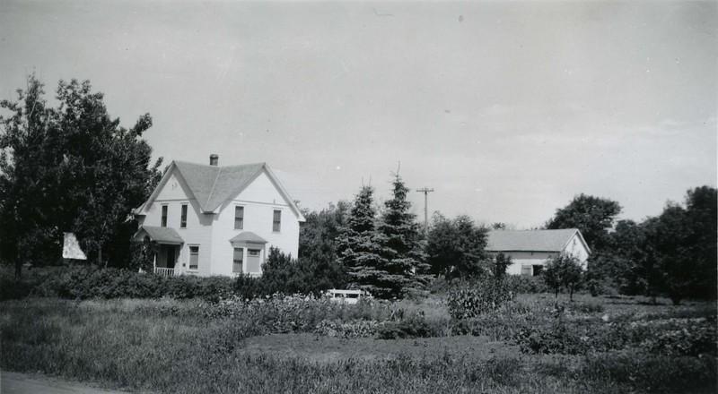 JA062.  House & garden – Arthur - 1939‡ .jpg