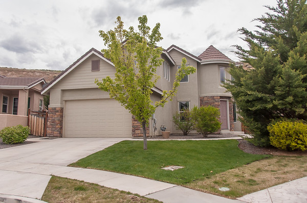 2801 Falcon Ridge Dr, Sparks Nv