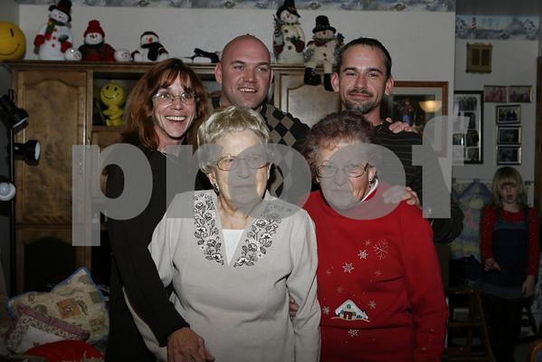 Noland Family 12-18-2010