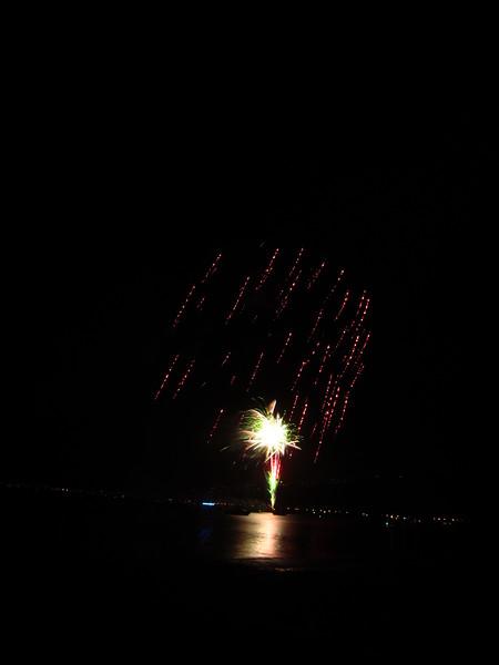 Hawaii - July 4th Fireworks-30.JPG