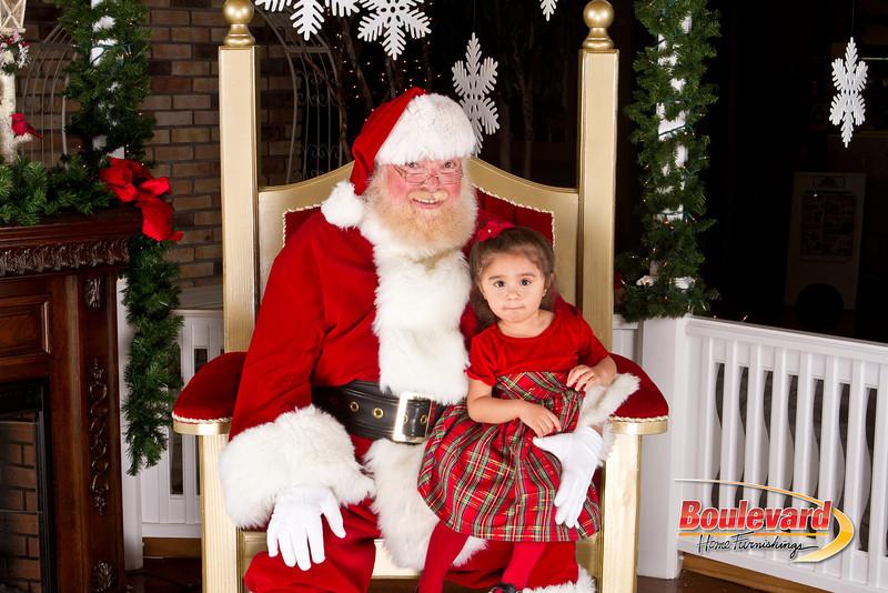 Santa Dec 8-321.jpg