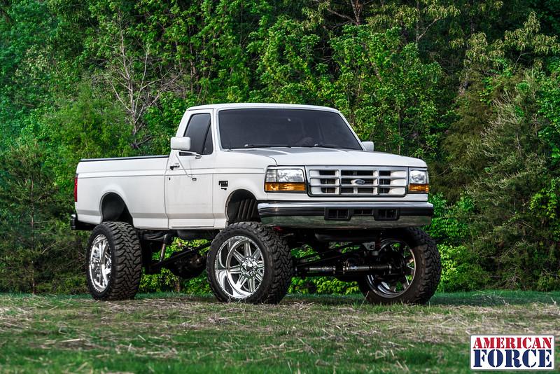 SDP-Kreg-O'Hara-White-1997-Ford-F250-24x12-Legend-@streetdieselperformance-170429-DSC05998-66.jpg