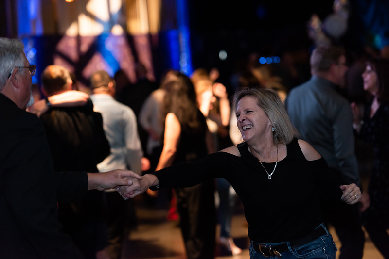 mh2019holidayparty-310.jpg
