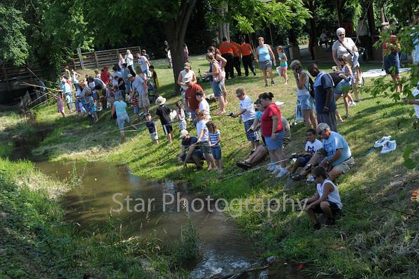Kids Fishing on Kids Island 6-11-2011
