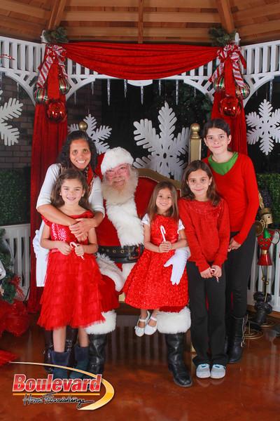 Santa 12-10-16-85.jpg