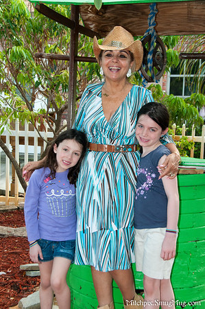 Nancy O'Connell & Her Grand Daughters