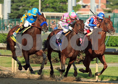 american-pharoah-wins-141st-kentucky-derby