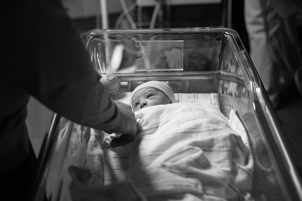 Zachary Birth & Fresh 48
