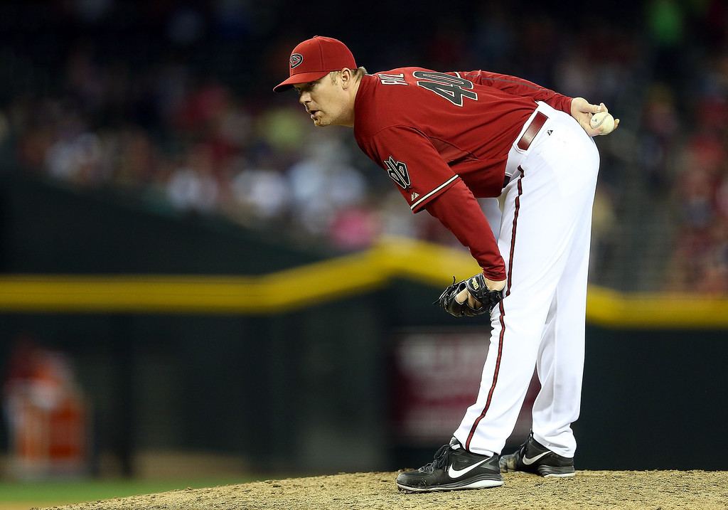 . Relief pitcher J.J. Putz #40 of the Arizona Diamondbacks prepares to throw a pitch against the Colorado Rockies during the ninth inning of the MLB game at Chase Field on April 28, 2013 in Phoenix, Arizona. The Diamondbacks defeated the Rockies 4-2. (Photo by Christian Petersen/Getty Images)