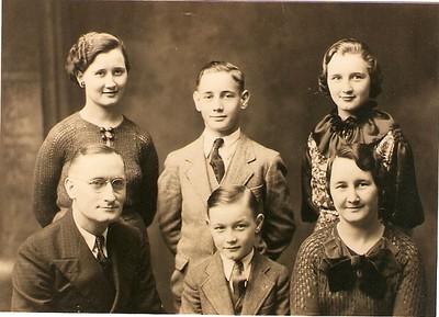 Oscar & Clara Aspenson family