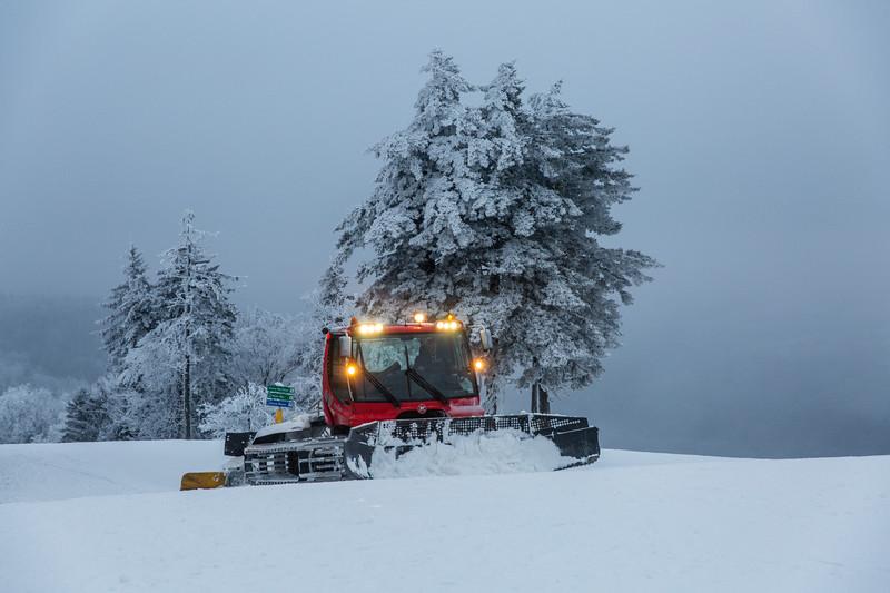 2020-01-27_SN_KS_Snowmobiles-9840.jpg