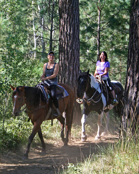 rec_black-butte-ranch_stables-trail-rides_KateThomasKeown_IMG_5649c.jpg