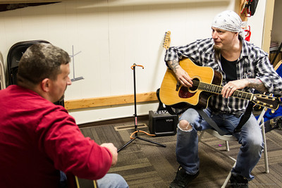 Guitar Lessons for Veterans