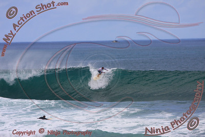 <font color=#F75D59>2008_11_14 - Surfing Jocko's, North Shore (OAHU) - Kurt</font>
