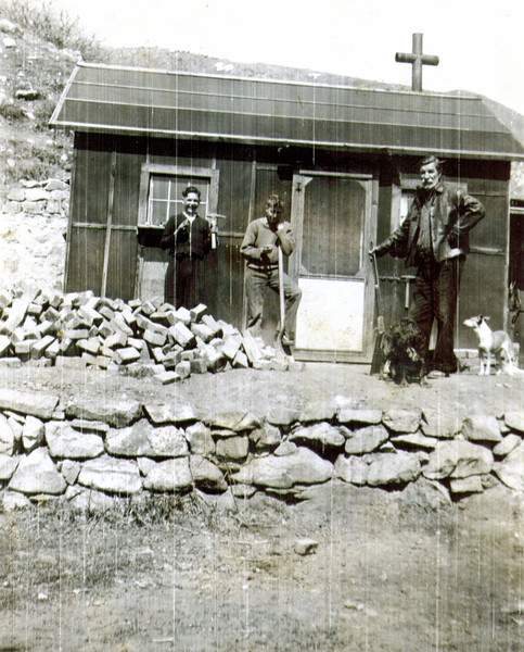 Wayne, Doug Eldredge & Mack - Beus Canyon