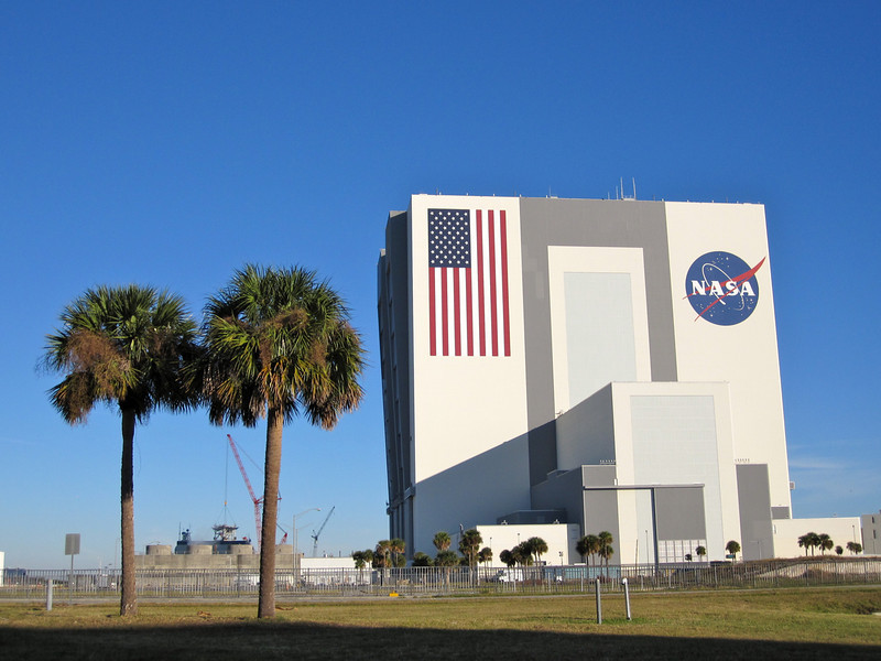 The Vehicle Assembly Building (VAB) - the largest one story building in the world. At 525 feet (160.0 m) tall, 716 feet (218.2 m) long, and 518 feet (157.9 m) wide, it encloses 129,428,000 cubic feet (3,665,000 cubic metres) of space. Maybe it should be named the VBB (Very Big Building). Photo by Jim Lovett