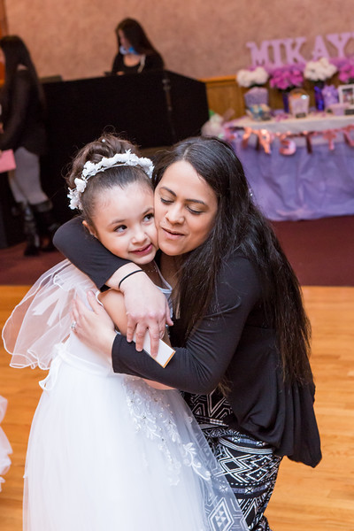 Mikayla and Gianna Communion Party-40.jpg