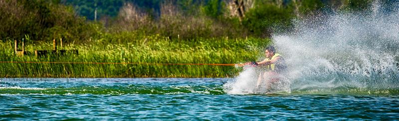 Jerry Adams waterskiing