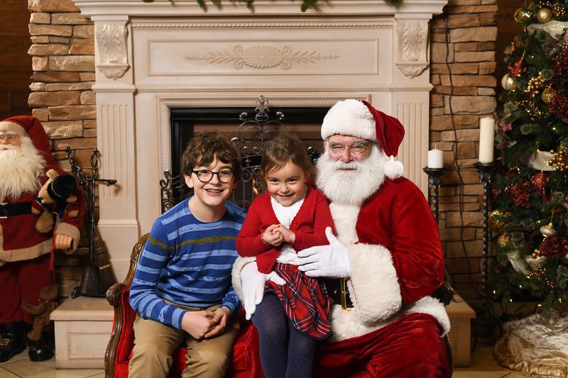 Santa2018.TylerBoye.-176.jpg