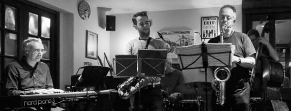 Andy Bowie Quartet + Sam Miles