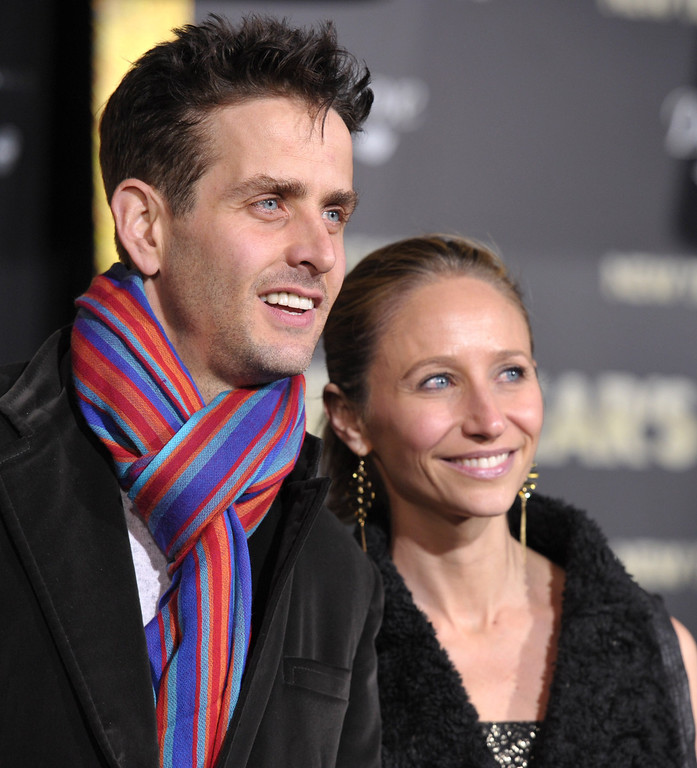 ". HOLLYWOOD, CA - DECEMBER 05:  Actor Joey McIntyre and wife Barrett McIntyre arrives to the Premiere Of Warner Bros. Pictures\' ""New Year\'s Eve\"" at Grauman\'s Chinese Theatre on December 5, 2011 in Hollywood, California.  (Photo by John Shearer/Getty Images)"